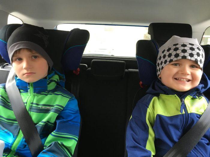 Eriček a Michálek v autě