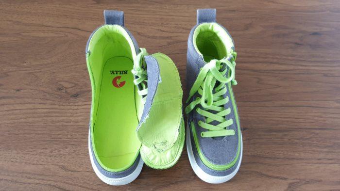 Celorozepínací boty značky BILLY Footwear rozepnuté